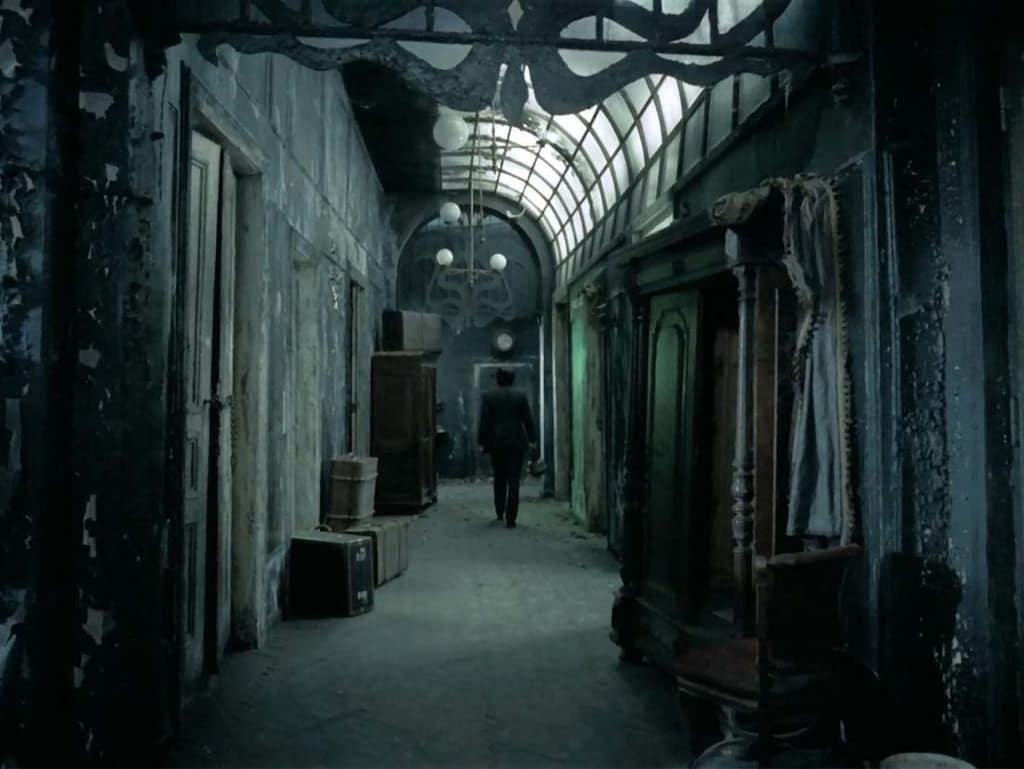 Sanatorio bajo la clepsidra